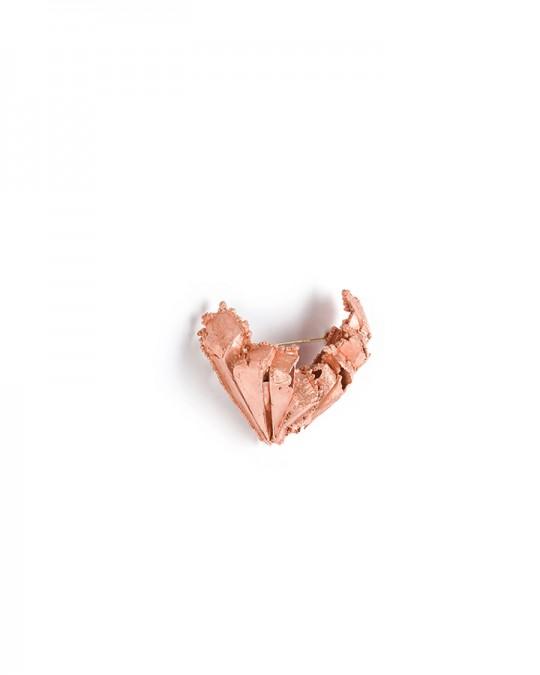 Antípoda 8. 2014. Brooch. Copper, gold. Electroforming. 85x75x45mm. 44,1gr. Photo by Manu Ocaña