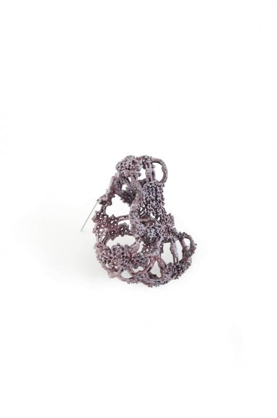 Revival 4. 2012. Brooch. Copper, enamel. Electroforming. 85x70x42mm. 28,7gr