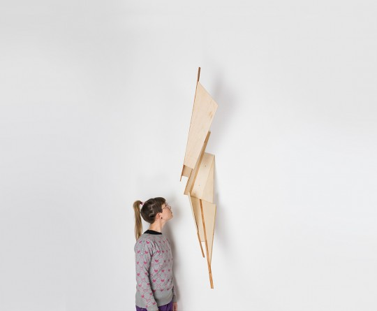 Object. 2013. Wood. 170x30x60cm with Eva Burton. Photo by Manu Ocaña